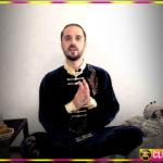 Точечный массаж и дыхательная гимнастика для профилактики инсульта. 10-ти минутная практика от Данилы Сусак